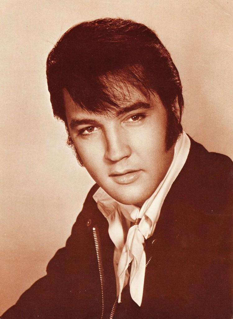 Elvis - 7 001